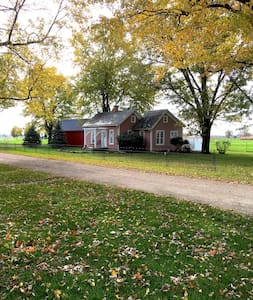 The Honeyville Cottage in Amish Country - Topeka - Vendégház