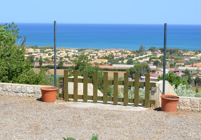 Villa Degli Ulivi - Sea View, Garden, Terrace, BBQ