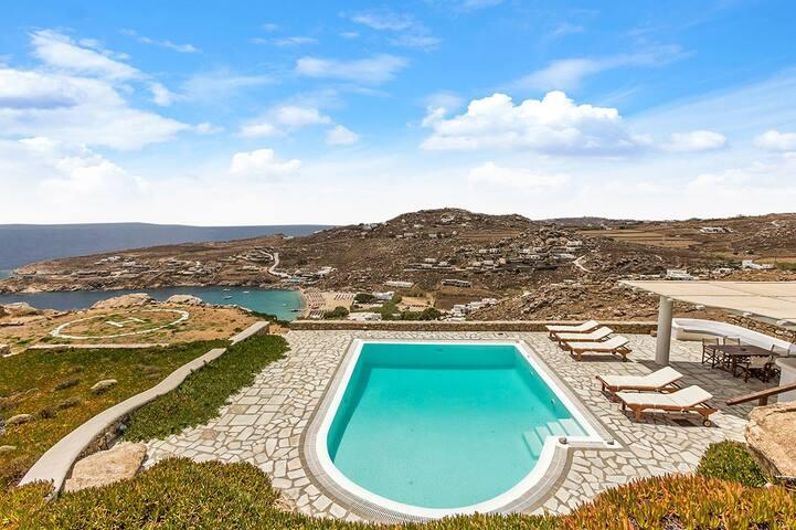 Super Paradise Villa Estate