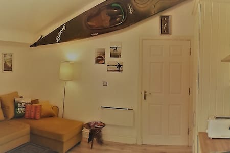 Quirky Traveller's Loft, 15min from the Docks - Liverpool - Apartemen