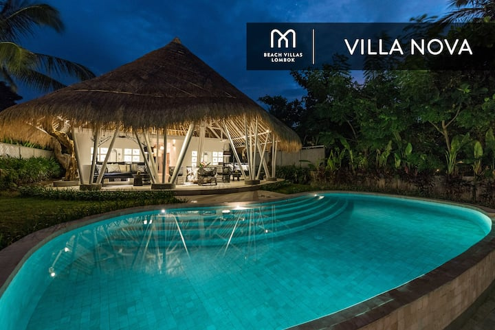 VILLA NOVA: A Luxury Experience BEACHFRONT Villa