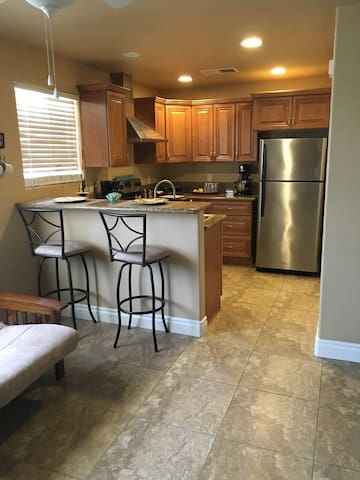 Cute Casita In The Country - Hemet - Apartment