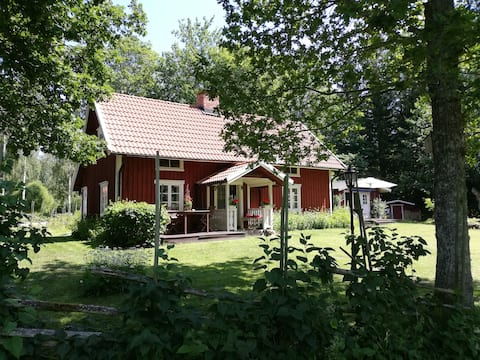 Lotsatorpet - Cottage in Blomberg