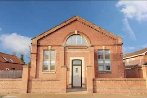 Old Drill Hall - Stay in a piece of History