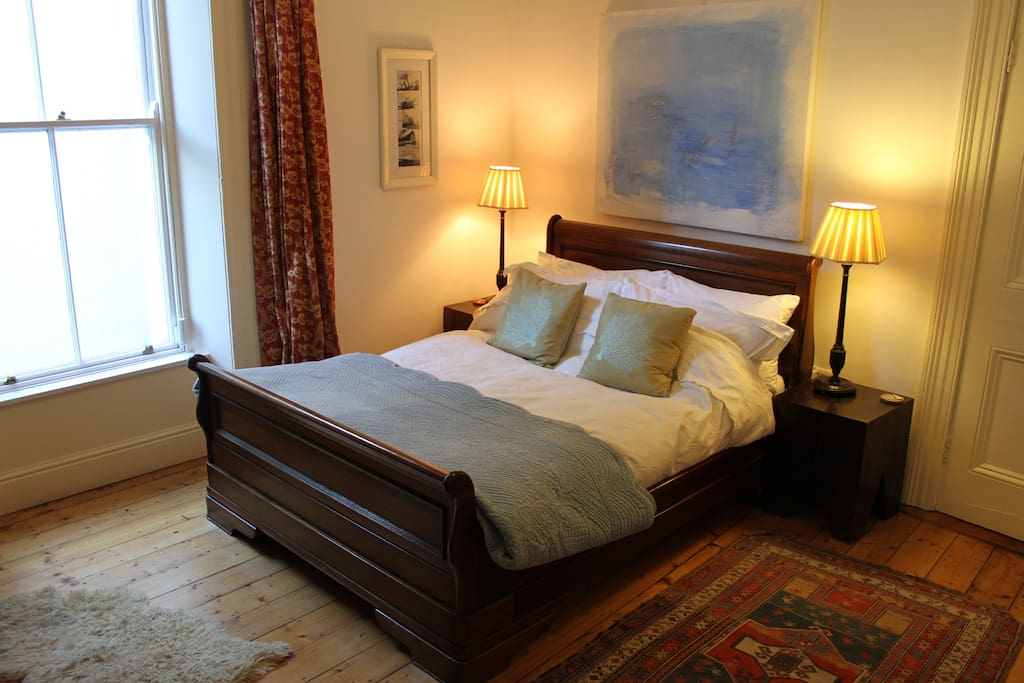 A bright, spacious and comfortable room.
