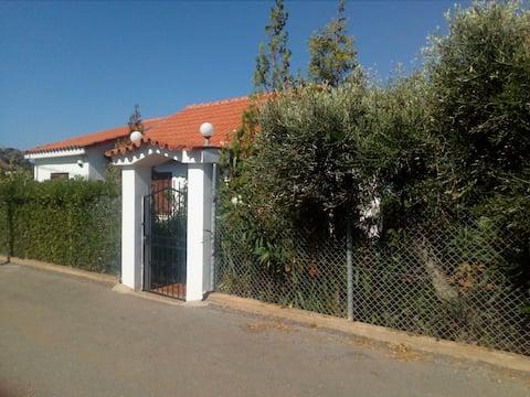 Cretan Cottage in Stalis