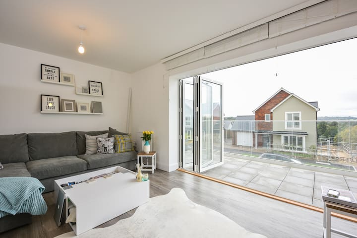 New light & airy Scandi chic w/bath - Tunbridge Wells