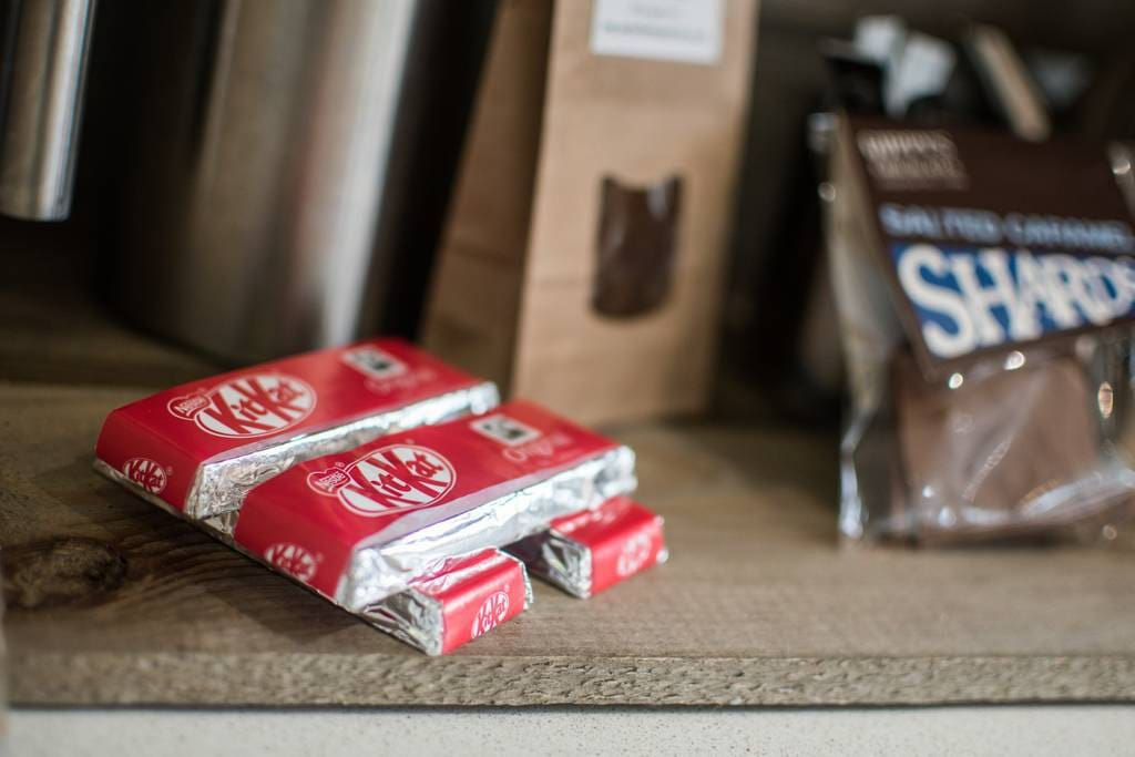 Our free welcome pack for you includes local teas, coffee, kit kats made in York and chocolate shards from York