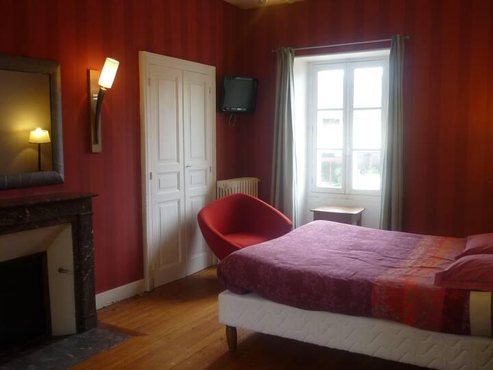 Chambre avec sdb et wc dans maison de colocataires