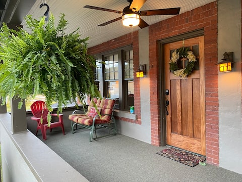The Front Porch Inn