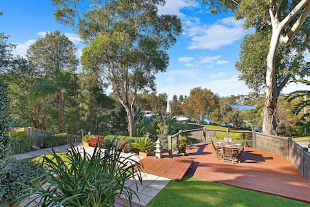 Terrigal Sunrise: Your Own Private Sanctuary
