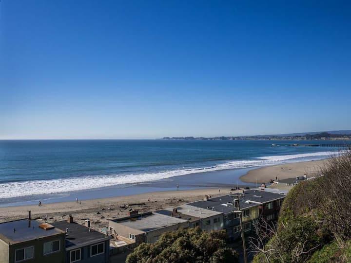 Aptos Luxury Condo with Ocean Views