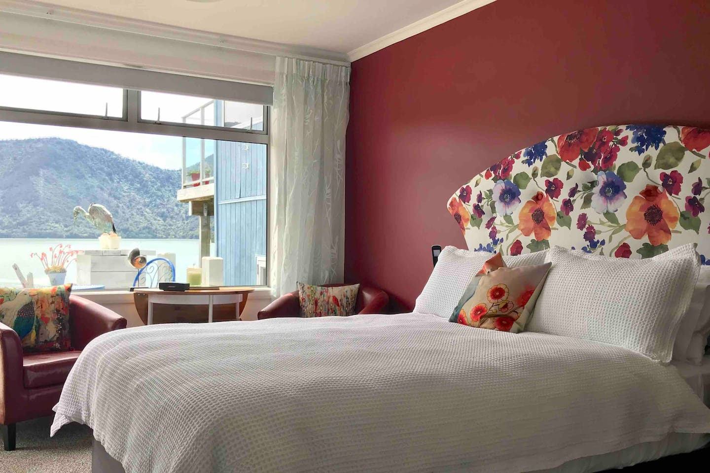 Wake up to an ever changing landscape tucked up in a comfortable bed and quality linen.