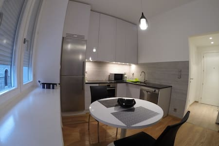 Fancy apartment in city centre - Sarajevo - Apartemen