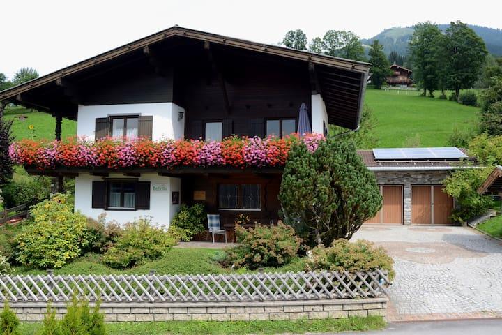 Rustig vakantiehuis in Tirol met privéterras