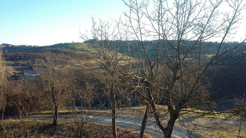 Stanza matrimoniale in collina - San Valentino di Castellarano