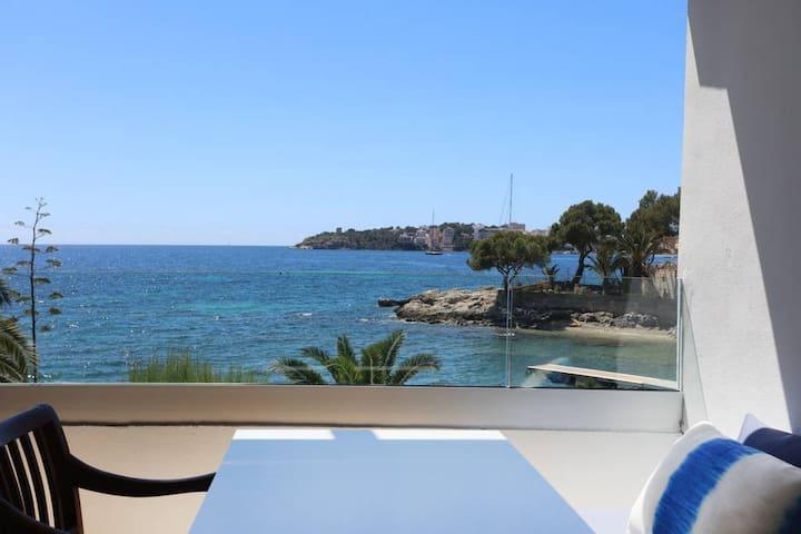 Apartamento con vistas al mar con desayuno. 2 PAX