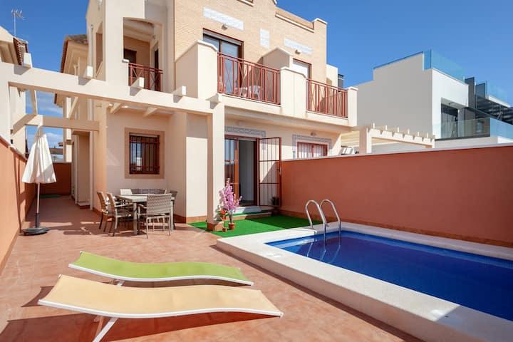 Flagship 3bed Villa - Mazarron (free aircon+wifi!)