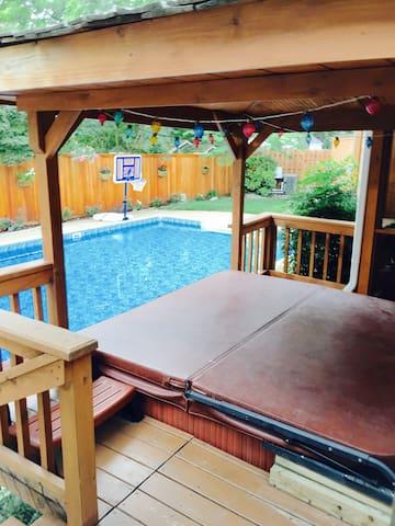 Cozy suite w/ Private Entrance~ pool and hot tub - หาดเวอร์จิเนีย - ส่วนต่อเติมจากตัวบ้าน