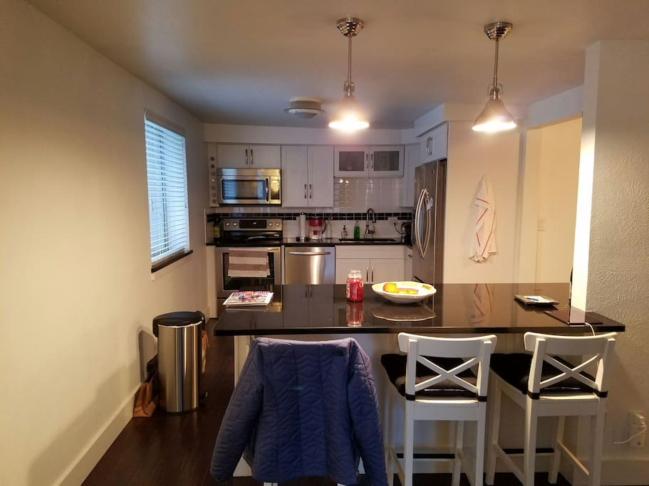 cozy 1 bedroom with parking apartments for rent in denver colorado