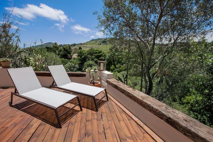 Luxury 1BR rural house - close to Las Palmas
