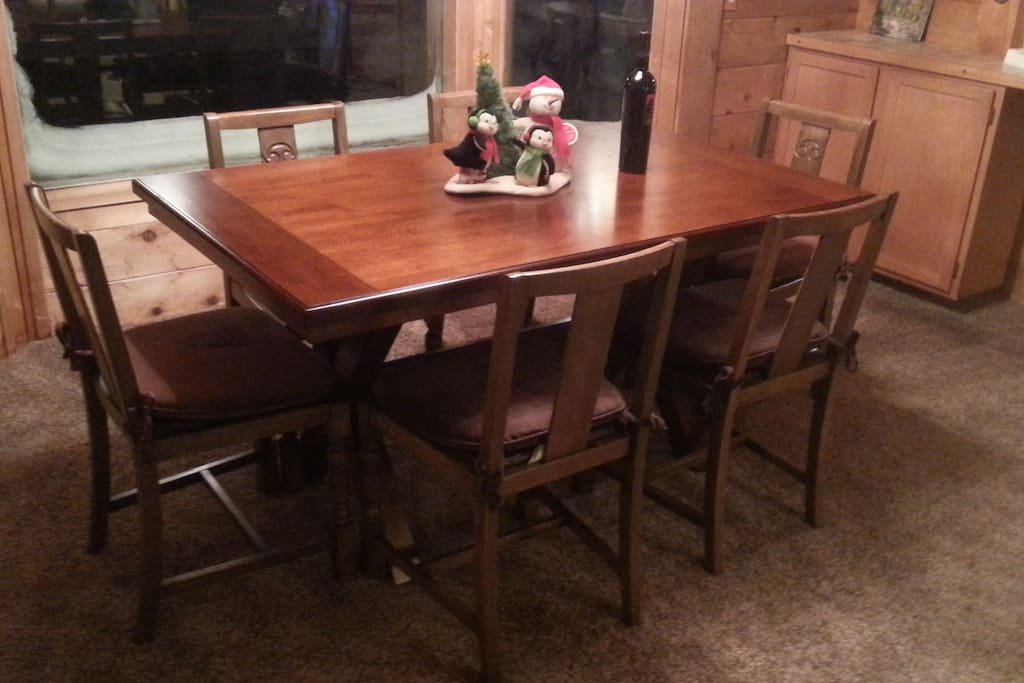 Table and six chairs and I will provide more chairs on request