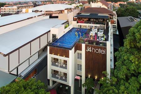 J4 Hotel Legian   Near Popies Lane Bali - Kuta - Appartamento