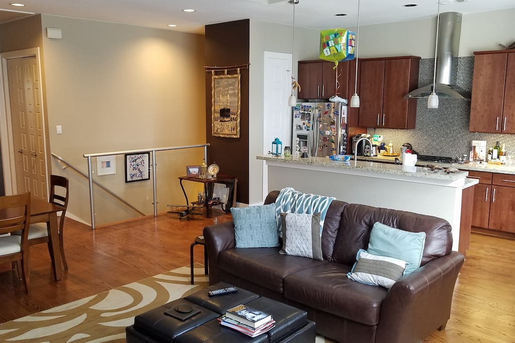 Supreme 1,600 SqFt of entertainment for everyone!! Open floor plan give great access to everything!