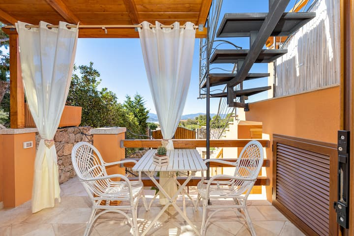Beautiful Holiday Apartment Giulia with Sea & Mountain View & Private Terrace