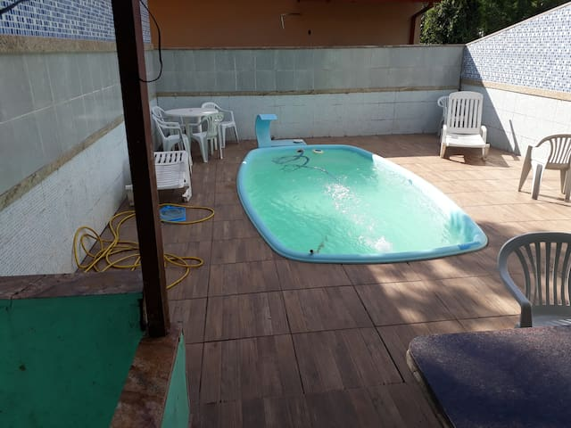 Furnished house with pool in Manguinhos Serra city