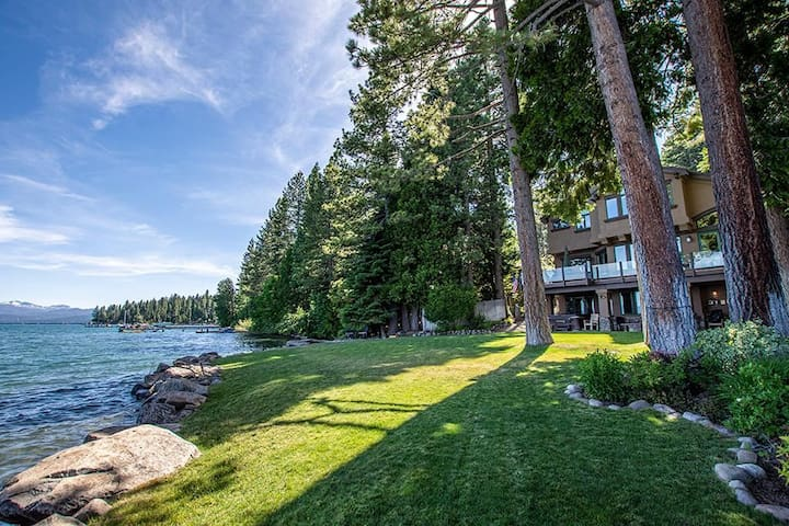 Atlas by AvantStay | Private & Spacious Lakeside Cabin w/ Spa & Game Room