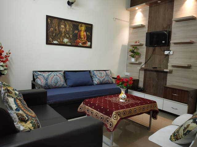 Spacious and Luxurious Apartment Sector 168 Noida
