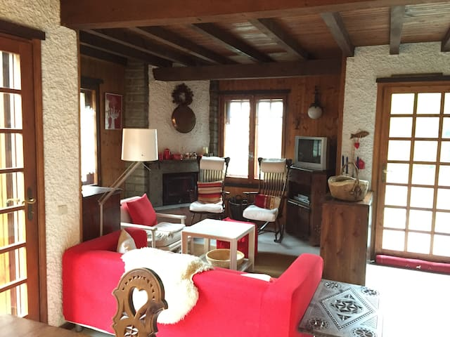 Cottage in Val d'Ayas - Periasc - Huis