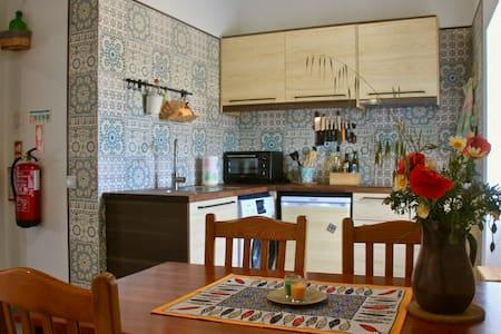 Casa Verde - Holiday Home w. Terrace, Algarve/Port
