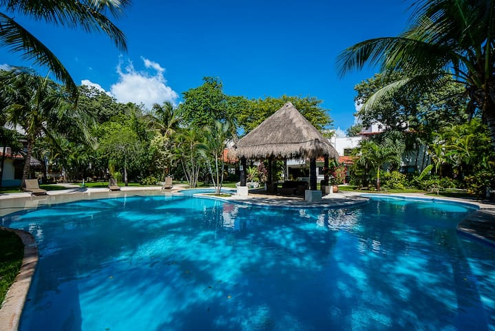 Spacious Luxury Villa in the Heart of Playacar