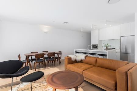 Two Bedroom Boutique Apartment - 13 First Avenue