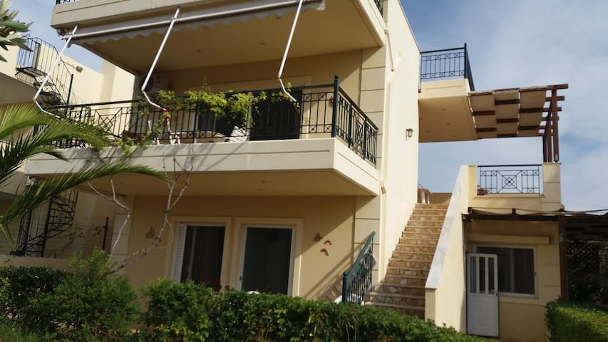 Beautiful Seaside House, Ideal for Families! - Palea Fokea - Rumah