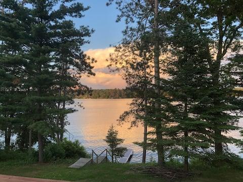 K&K's Lakeside Lodge - Chetek Relaxing Getaway