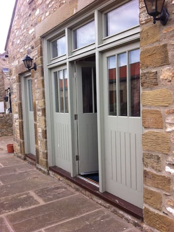 Ensuite room; own entrance; sleeps 2 or 3 - Richmond - Ev