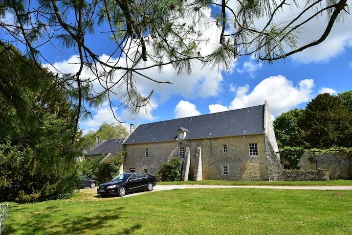Accogliente casa vacanze con giardino a Lantheuil