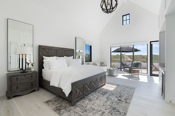 Rustic Luxe - A Luxury Stay in the Wine Country