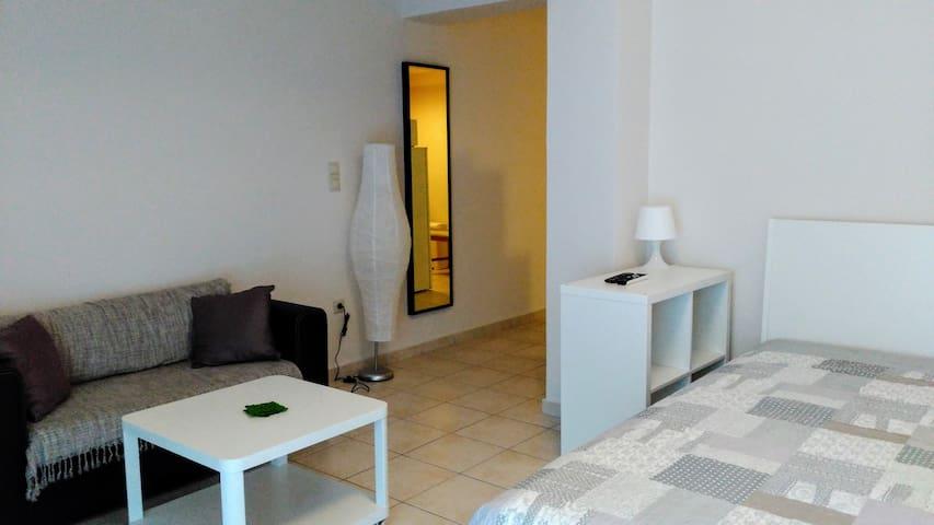 Patras Little House - Patra - Lägenhet