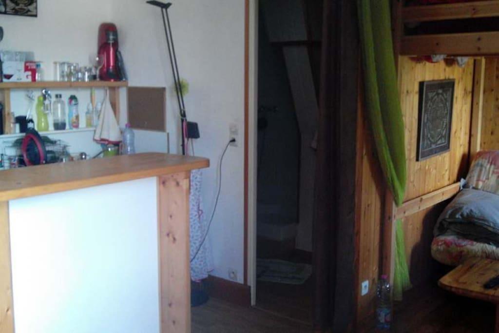 studio pres du lac appartements louer aix les bains auvergne rh ne alpes france. Black Bedroom Furniture Sets. Home Design Ideas
