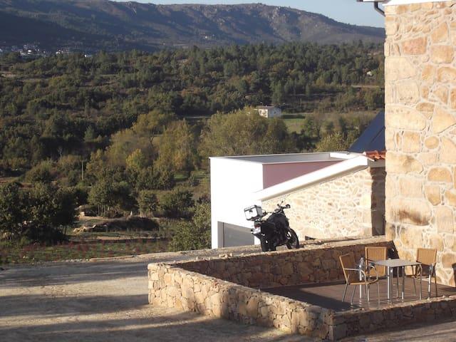 Quinta dos Carvalhais - Agroturismo - Fornos de Algodres - Pis