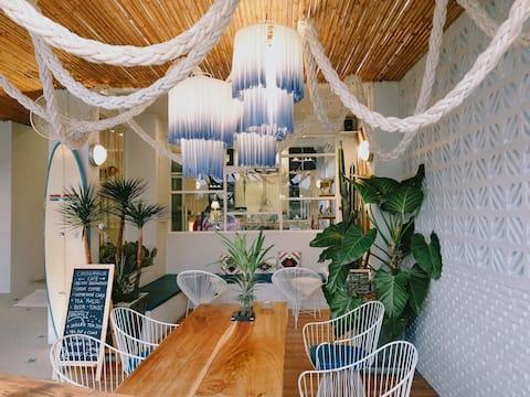 Chill house Naiyang Beach,Seabreeze room PVT bath