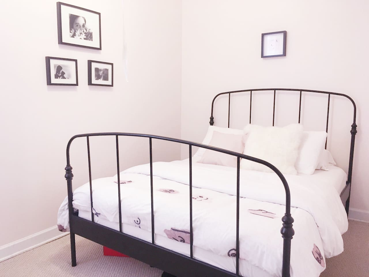 Comfy bedroom with a queen-sized, memory foam mattress.
