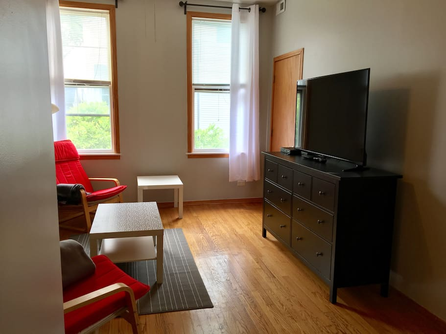 """Living room: 55"""" smart TV with cable and wifi"""