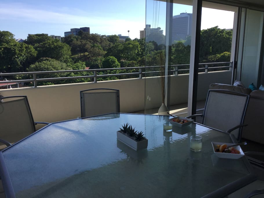 Enjoy the cool breezes and beautiful nature views from this 6th floor apartment.