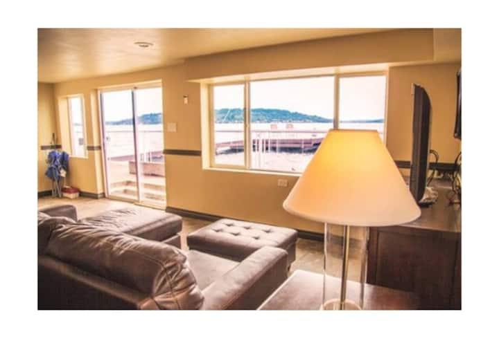 Lake Washington Waterfront House-Unit 2