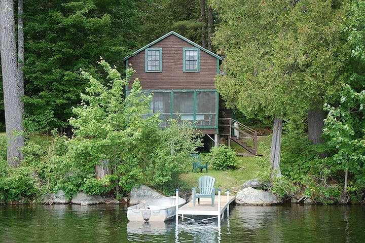 Echo Lake Waterfront Cabin With Private Dock.